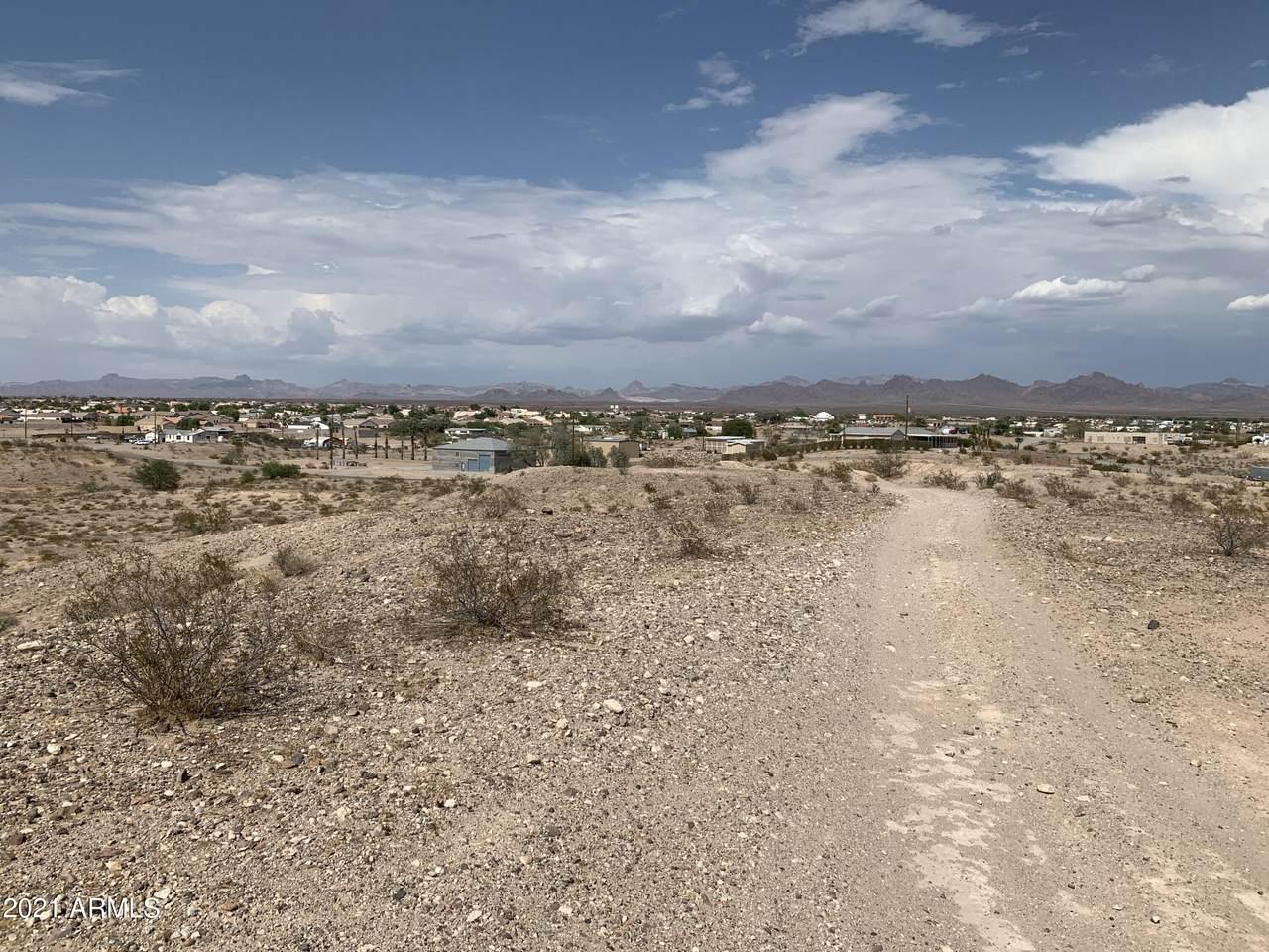 000 Mountain View Road - Photo 1