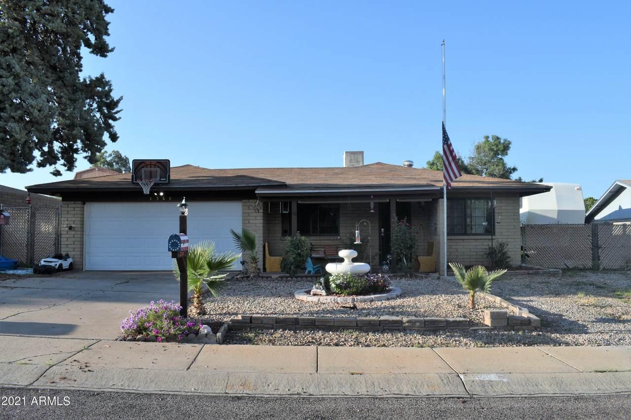 1365 Mesquite Drive - Photo 1