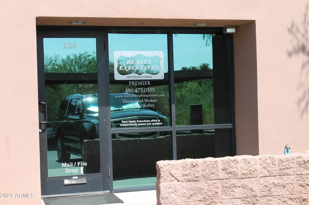 8701 Vista Bonita Drive - Photo 1