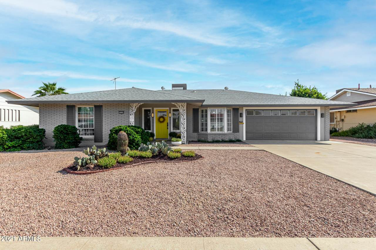 10549 Kelso Drive - Photo 1