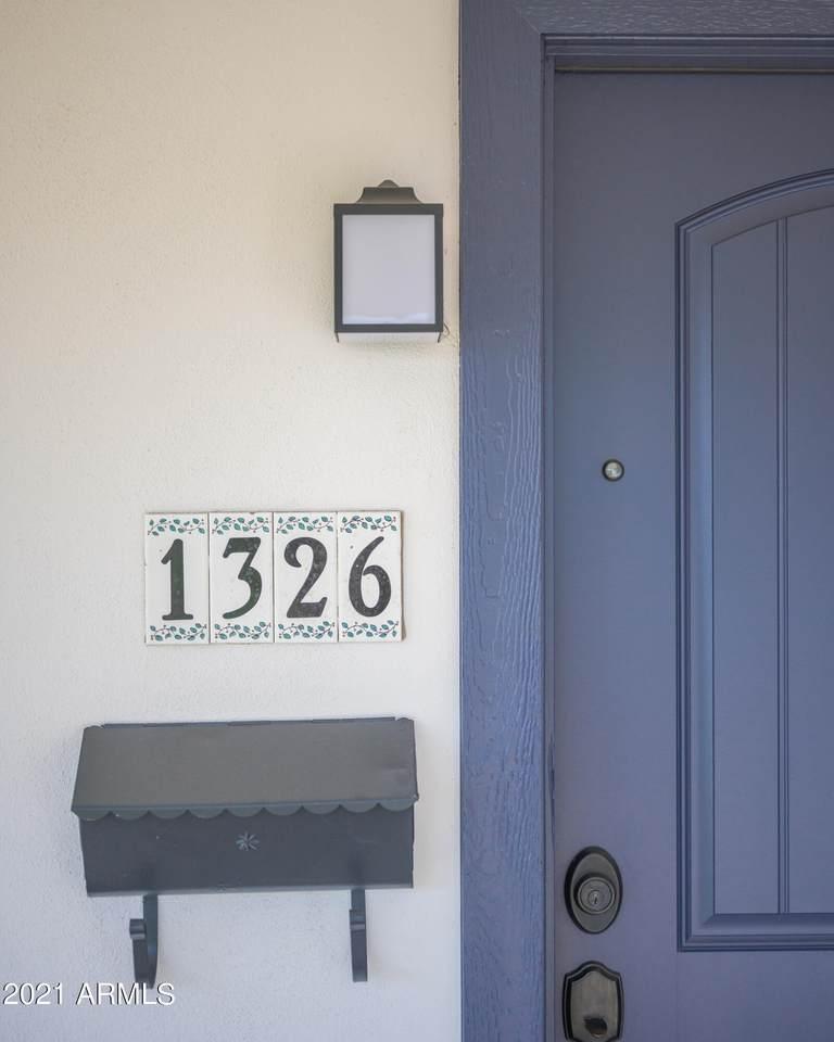 1326 Roma Avenue - Photo 1