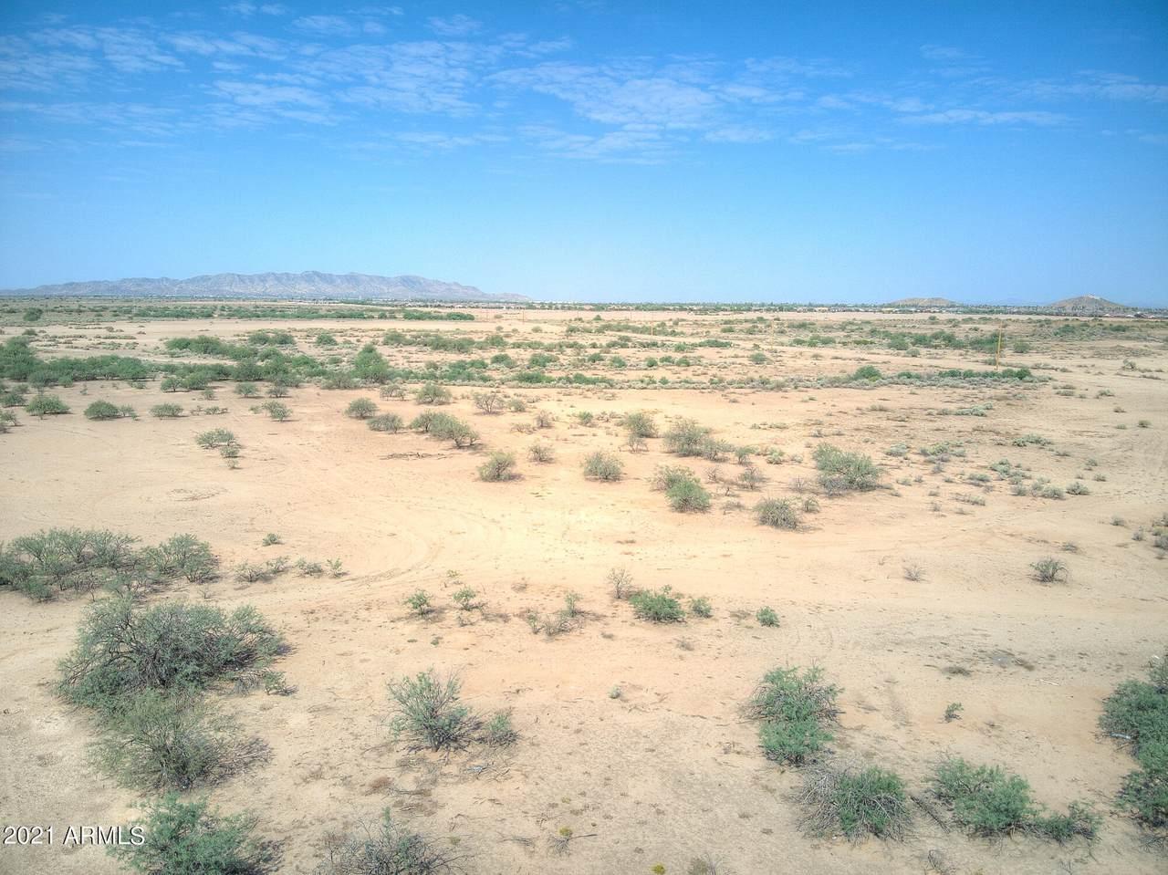 4910 Arizona Road - Photo 1
