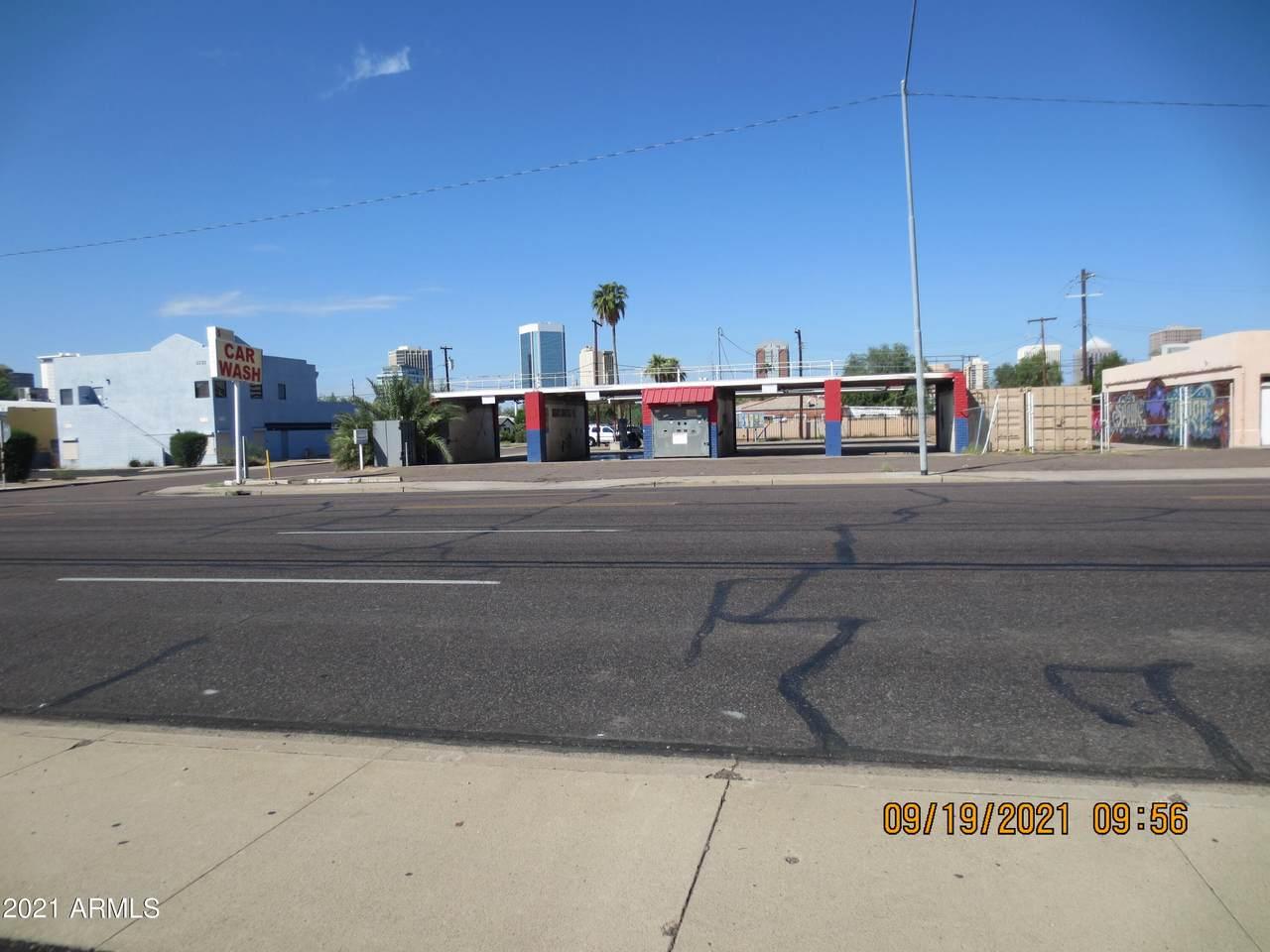 3602 7TH Street - Photo 1