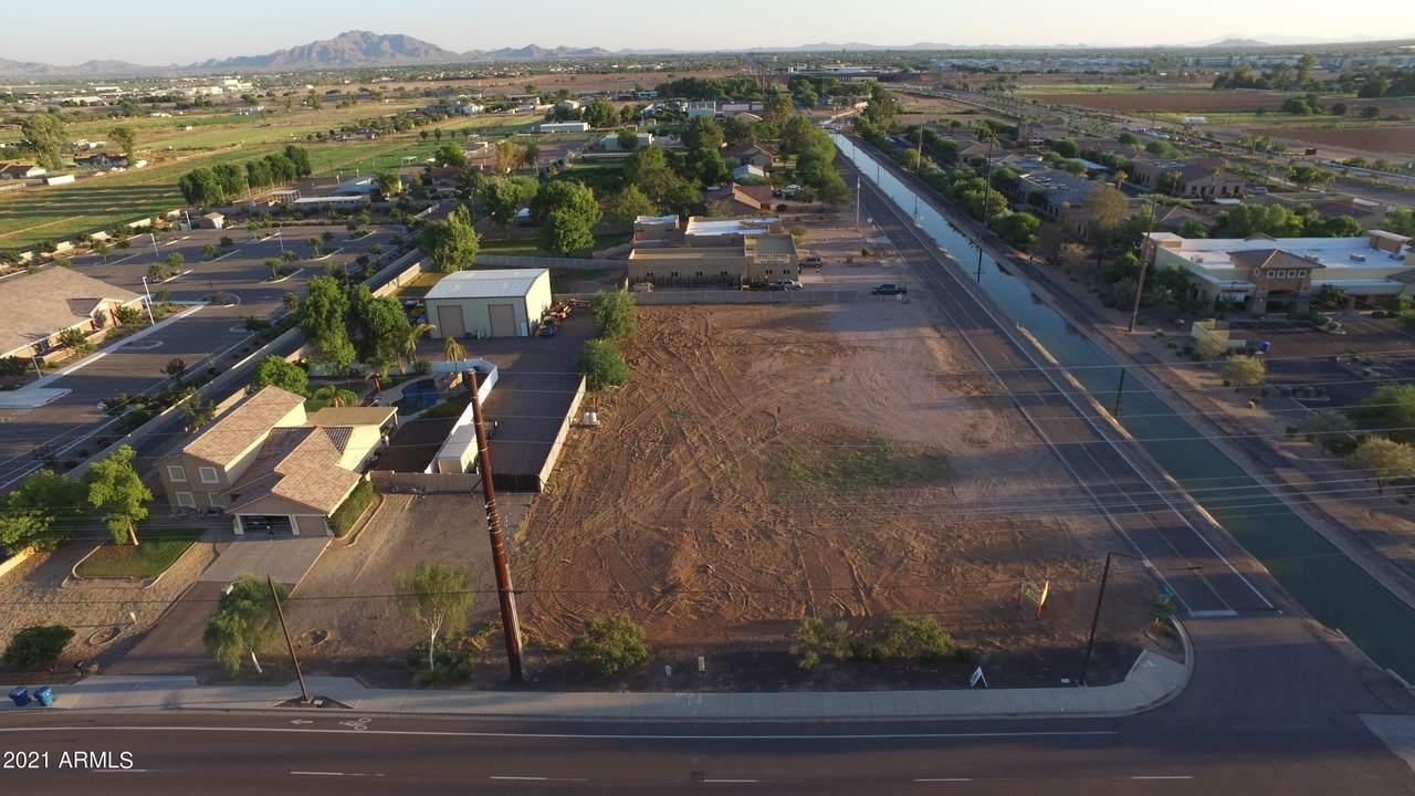 815 Pecos Road - Photo 1