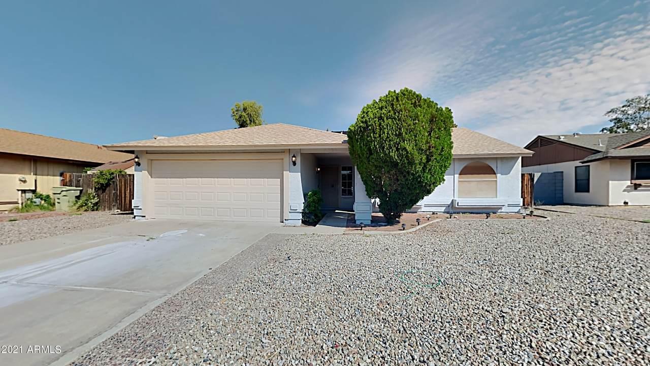 6524 Desert Cove Avenue - Photo 1