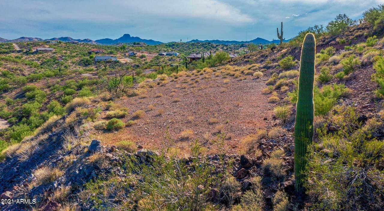 10XX Saguaro Drive - Photo 1