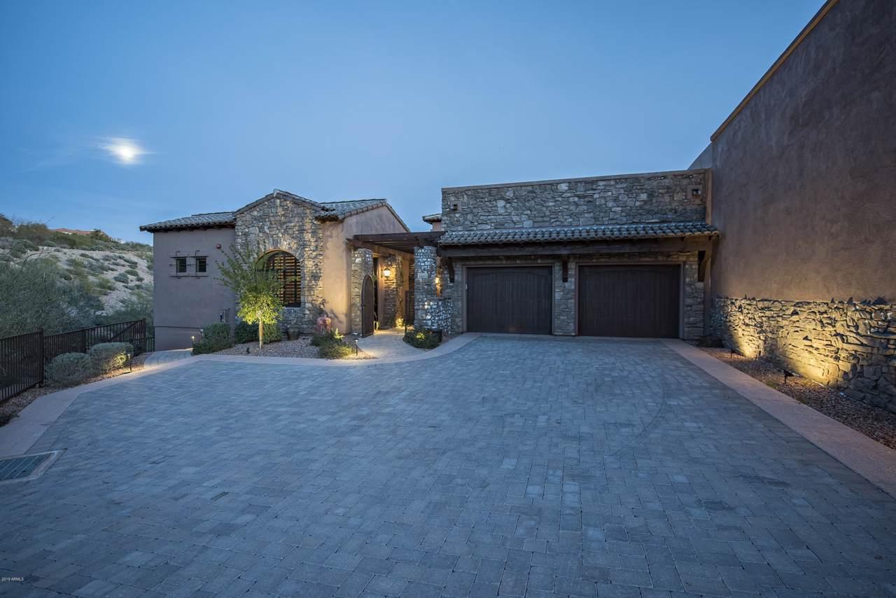 16035 Villas Drive - Photo 1
