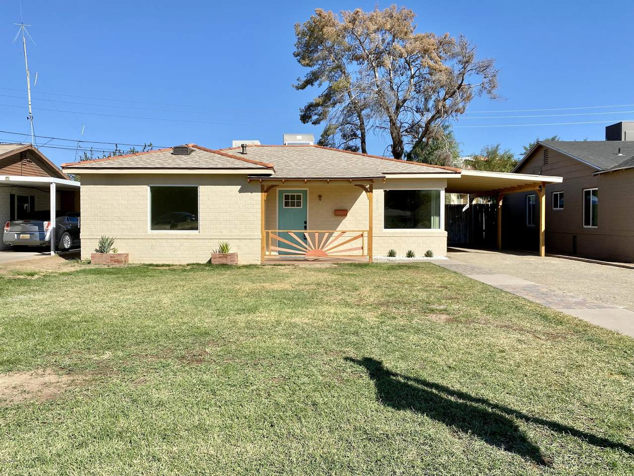 2825 Greenfield Road - Photo 1