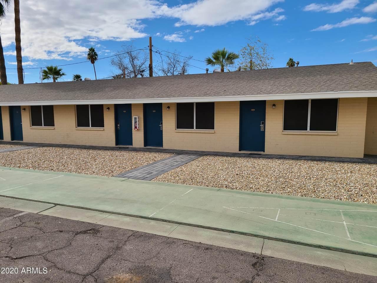 710 Arizona Avenue - Photo 1