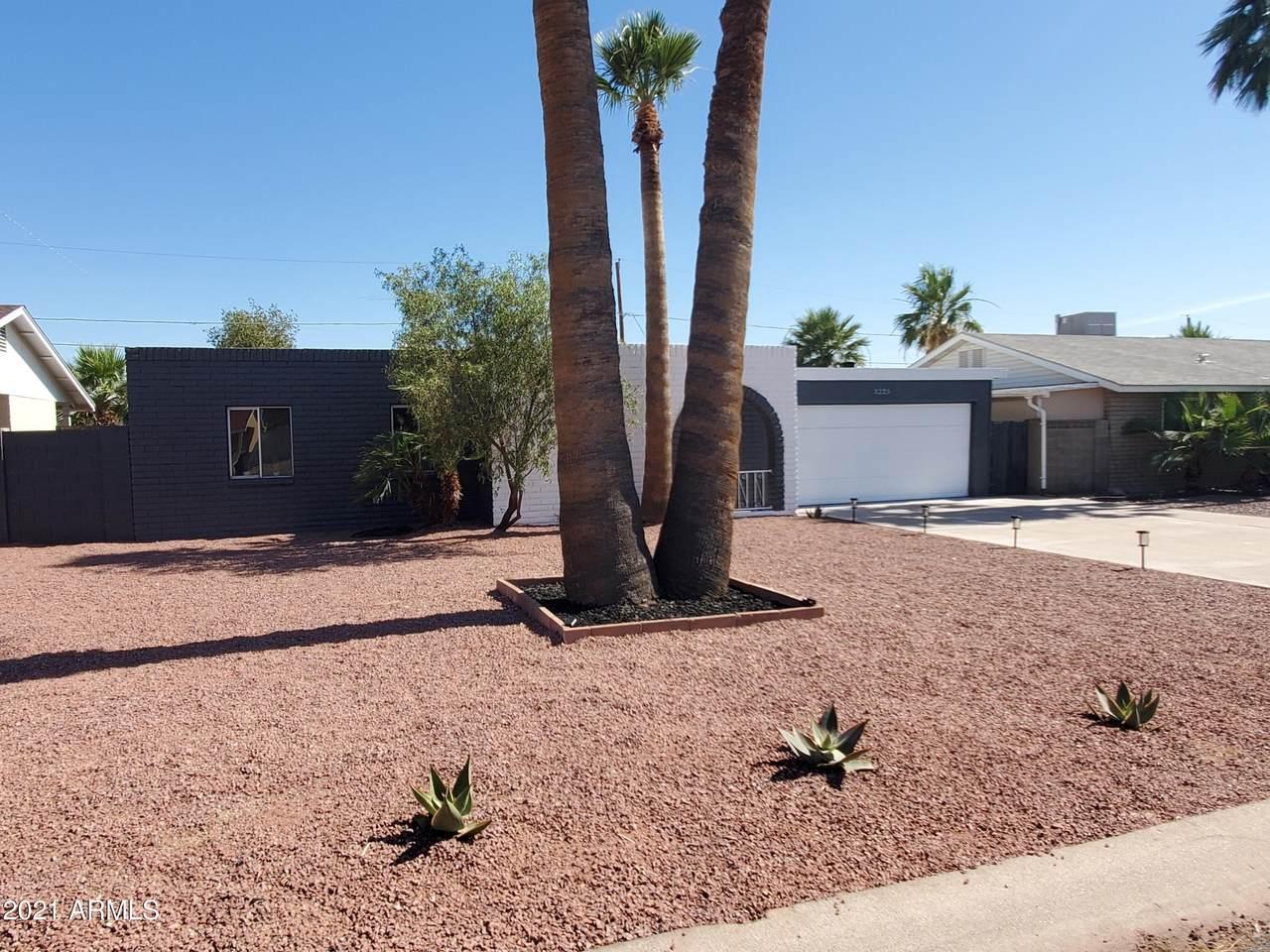 3225 Palm Lane - Photo 1