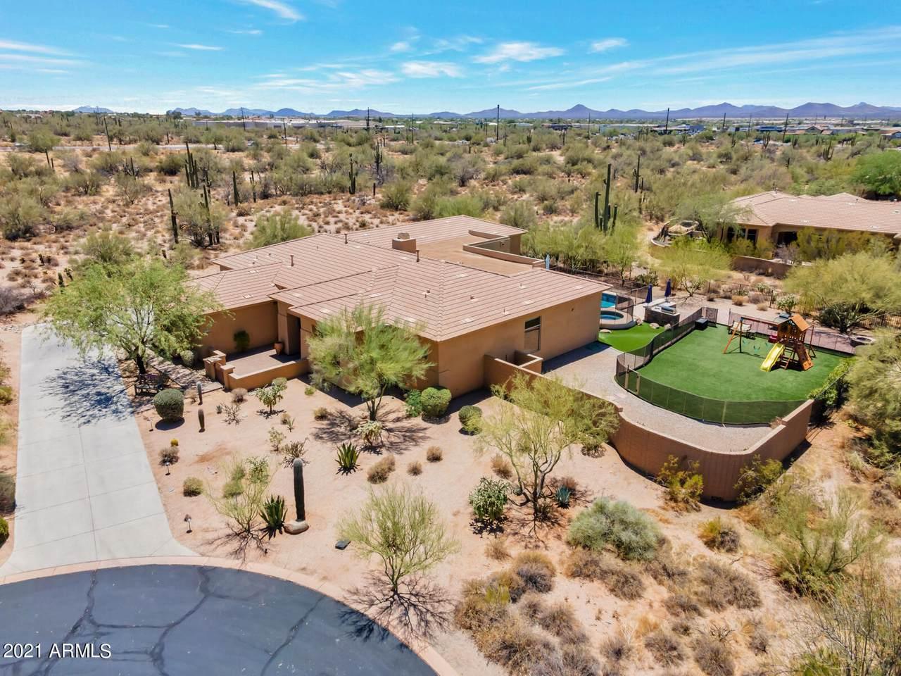 34830 Desert Winds Circle - Photo 1