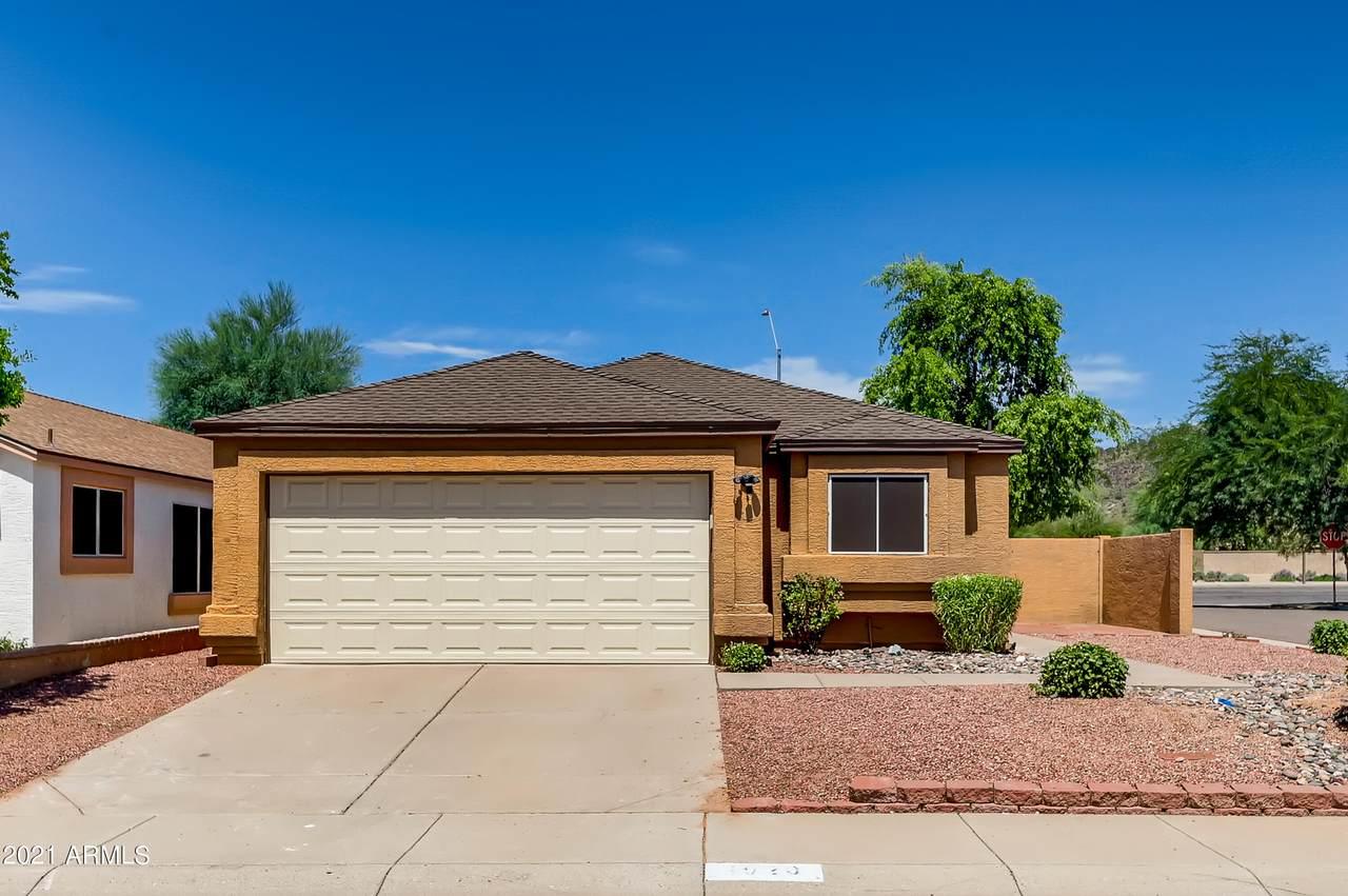 4020 Villa Linda Drive - Photo 1