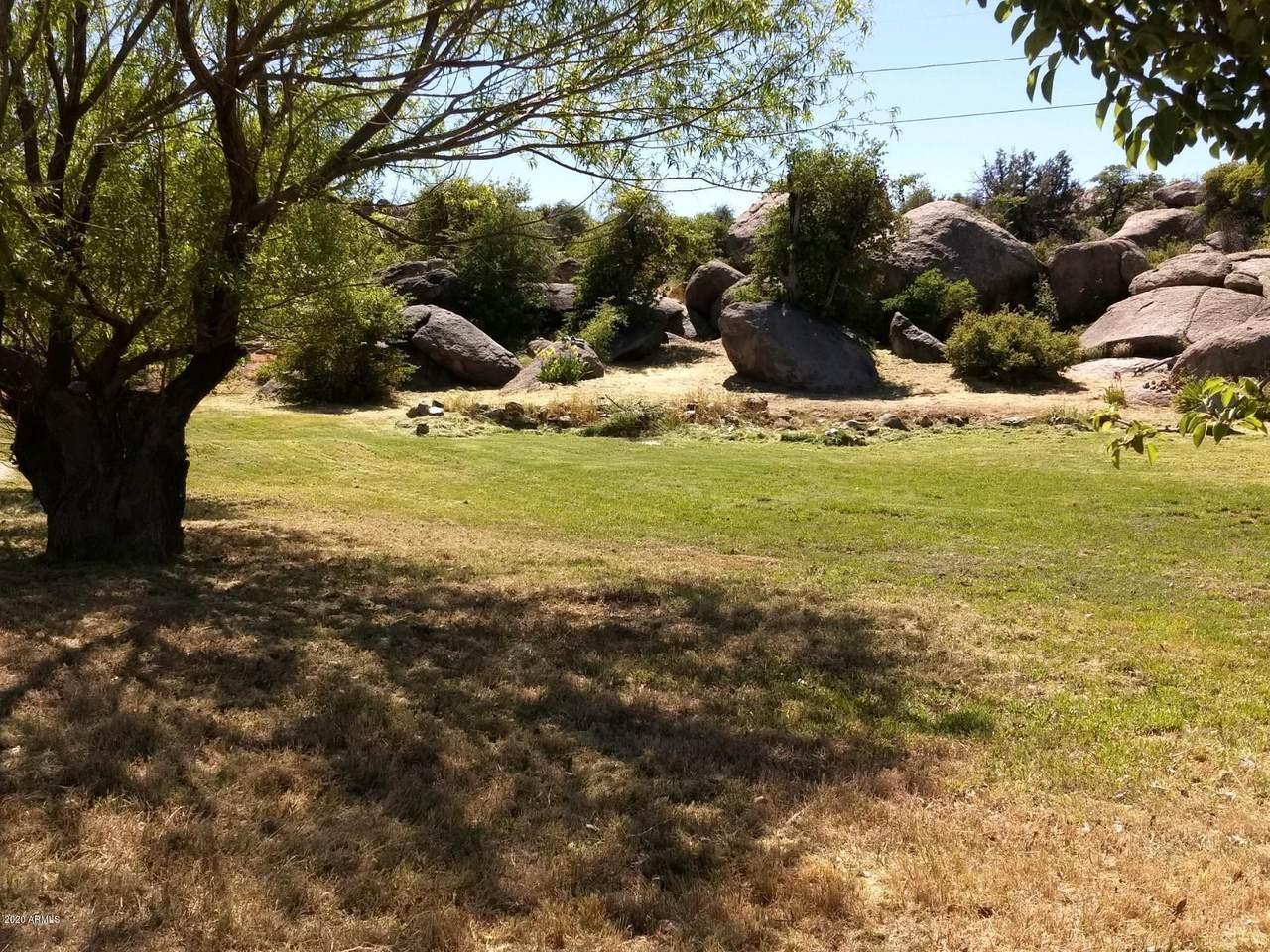 23148 Lakewood Drive - Photo 1