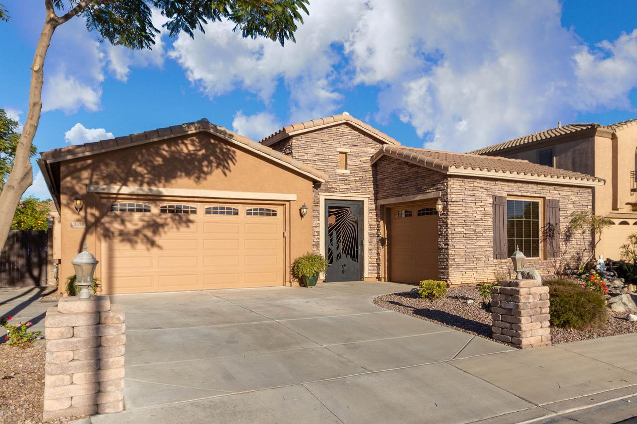 2628 Desert Broom Place - Photo 1