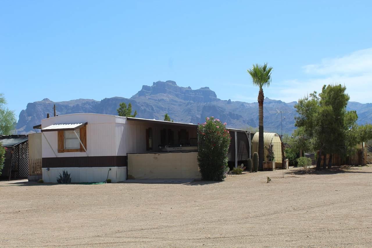 160 Acacia Road - Photo 1