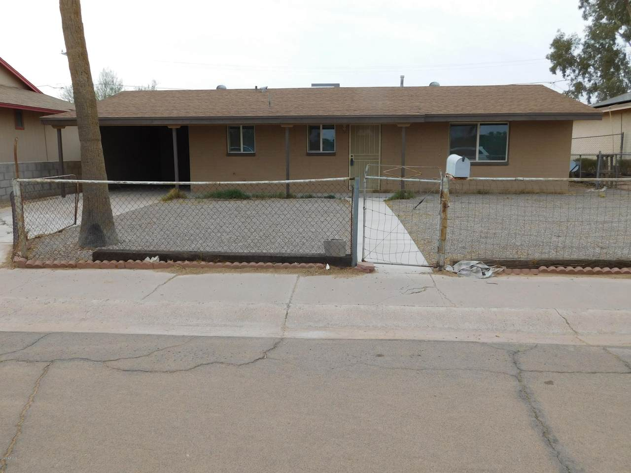 1136 Yucca Street - Photo 1