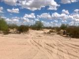 983 La Paz Road - Photo 1