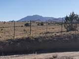 2010 Hopi Lane - Photo 2