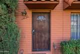 2854 Clarendon Avenue - Photo 3