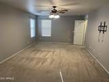 2135 Luther - Photo 11