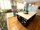 4085 Claxton Avenue - Photo 6