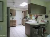 9606 Greenhurst Drive - Photo 7
