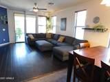 6806 Evergreen Terrace - Photo 10
