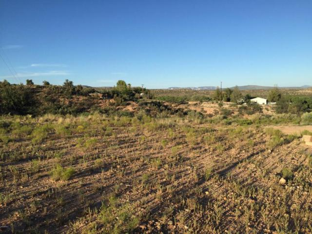 450 W Geary Heights Drive, Clarkdale, AZ 86324 (MLS #5382127) :: Yost Realty Group at RE/MAX Casa Grande