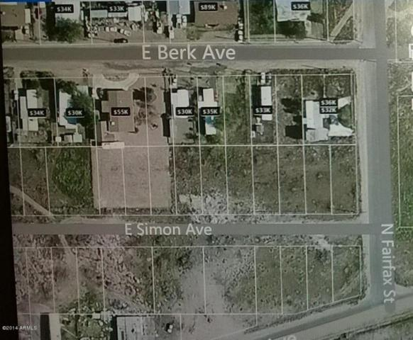890 E Berk Avenue, Kingman, AZ 86409 (MLS #5387363) :: The Garcia Group @ My Home Group