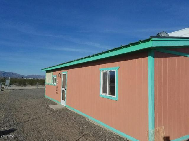39450 Corral Way, Salome, AZ 85348 (MLS #5559228) :: The Garcia Group @ My Home Group