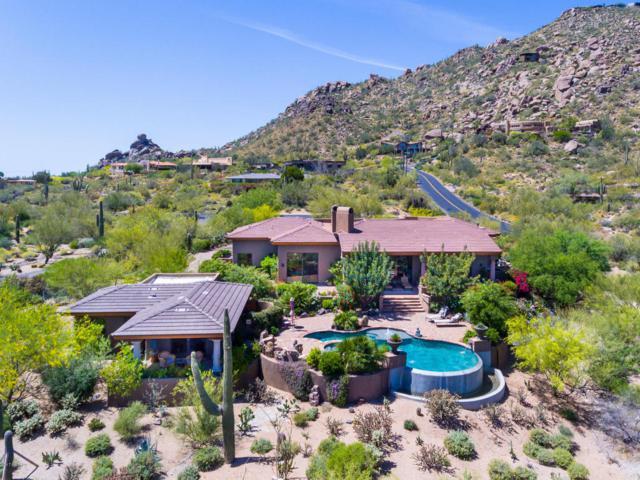 36021 N Meander Way, Carefree, AZ 85377 (MLS #5594142) :: Kelly Cook Real Estate Group