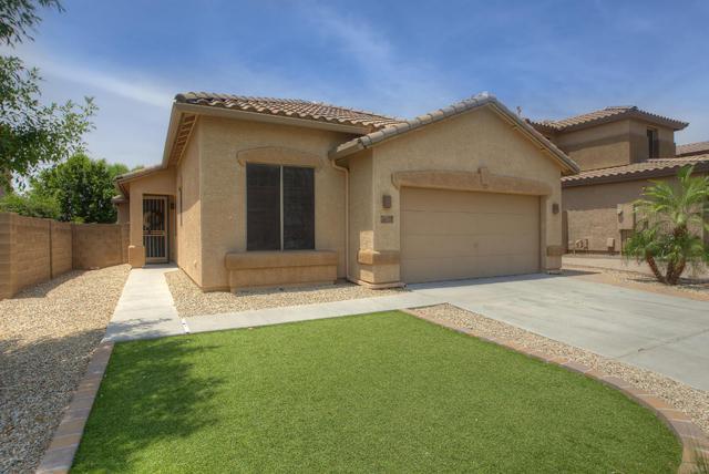 7054 W Eagle Ridge Lane, Peoria, AZ 85383 (MLS #5617409) :: The Laughton Team