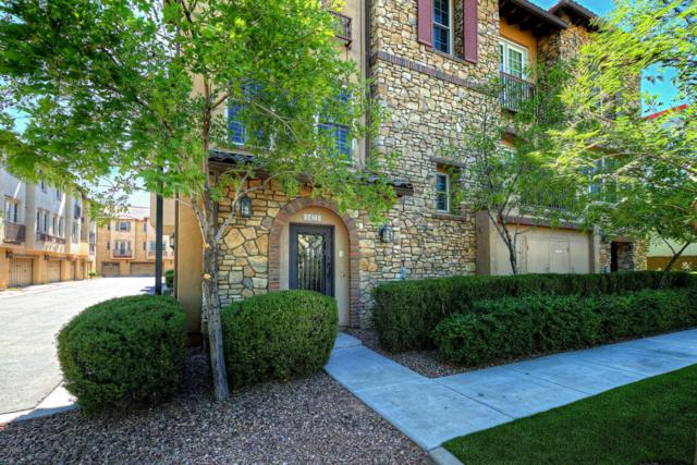 2421 E Montecito Avenue, Phoenix, AZ 85016 (MLS #5619152) :: Sibbach Team - Realty One Group