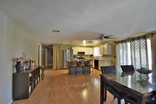 1812 W Rosal Drive, Chandler, AZ 85224 (MLS #5623765) :: Kelly Cook Real Estate Group