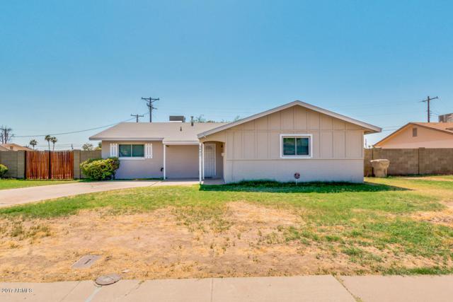 5802 N 61ST Avenue, Glendale, AZ 85301 (MLS #5624004) :: The Laughton Team