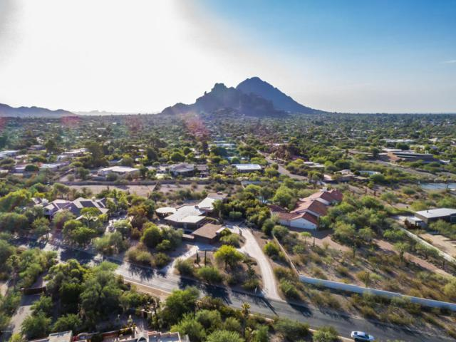 5625 N Camino Del Contento, Paradise Valley, AZ 85253 (MLS #5624184) :: Sibbach Team - Realty One Group