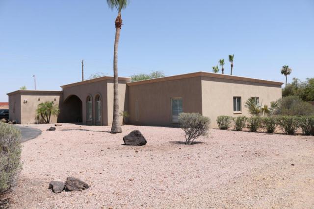8735 E Joshua Tree Lane, Scottsdale, AZ 85250 (MLS #5624374) :: Sibbach Team - Realty One Group