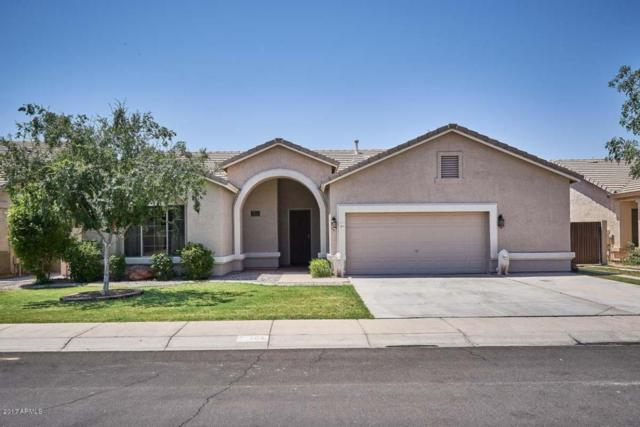 103 E Smoke Tree Road, Gilbert, AZ 85296 (MLS #5624684) :: Sibbach Team - Realty One Group