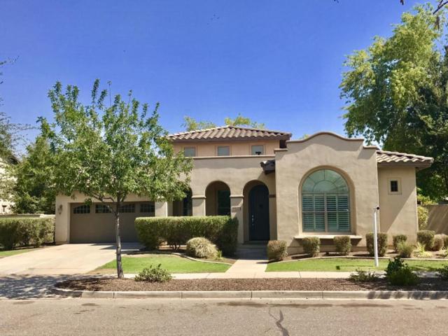15275 W Valentine Street, Surprise, AZ 85379 (MLS #5630717) :: Kortright Group - West USA Realty