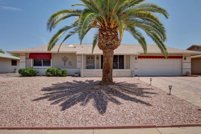 17235 N Country Club Drive, Sun City, AZ 85373 (MLS #5633236) :: Kelly Cook Real Estate Group