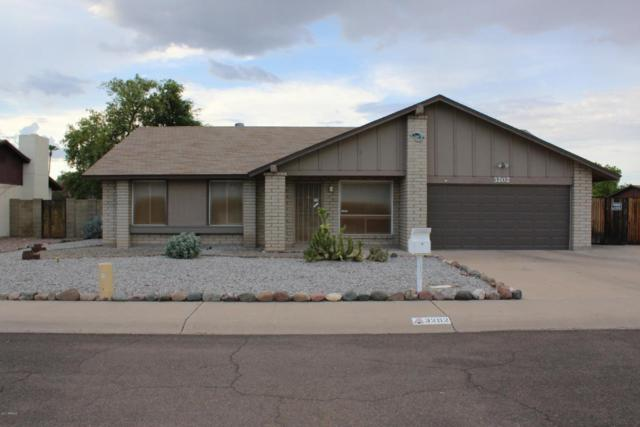 3202 W Angela Drive W, Phoenix, AZ 85053 (MLS #5636681) :: Devor Real Estate Associates