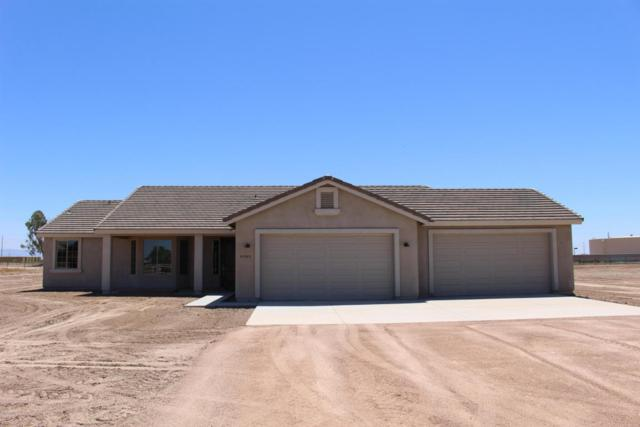 19322 W Windsor, Buckeye, AZ 85326 (MLS #5646289) :: Kortright Group - West USA Realty