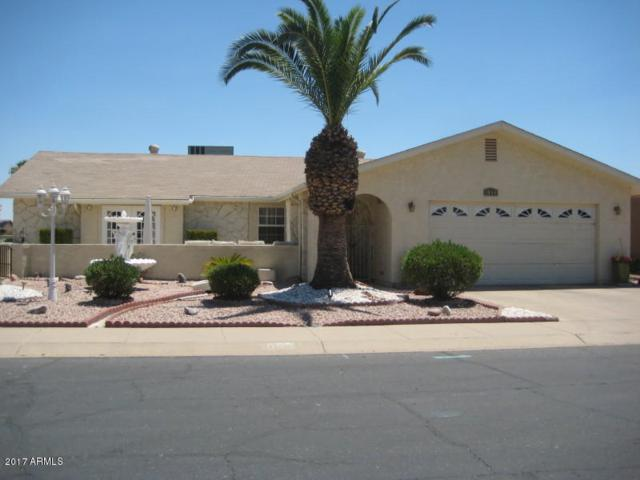 1053 Leisure World, Mesa, AZ 85206 (MLS #5646746) :: Kortright Group - West USA Realty