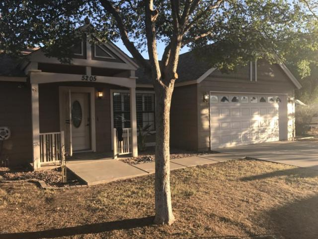 5205 W Aster Drive, Glendale, AZ 85304 (MLS #5646956) :: Kortright Group - West USA Realty