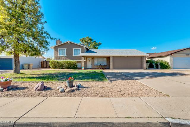 5226 W Cholla Street, Glendale, AZ 85304 (MLS #5647033) :: Kortright Group - West USA Realty