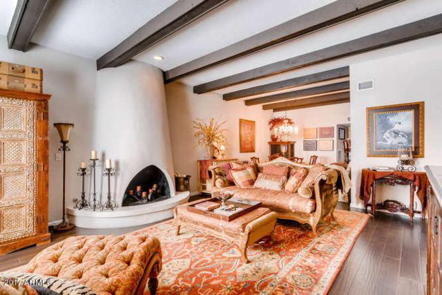 7125 E Mcdonald Drive, Paradise Valley, AZ 85253 (MLS #5647130) :: Kelly Cook Real Estate Group