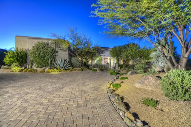 8300 E Dixileta Drive #215, Scottsdale, AZ 85266 (MLS #5647401) :: Kelly Cook Real Estate Group