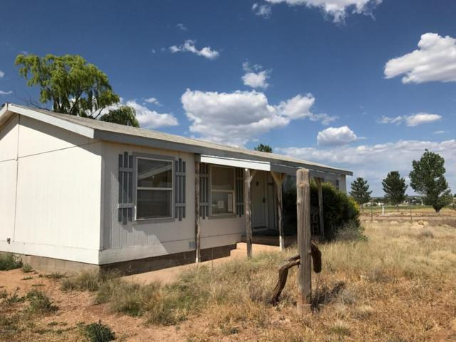 2440 W Bayberry Drive, Paulden, AZ 86334 (MLS #5647579) :: Essential Properties, Inc.