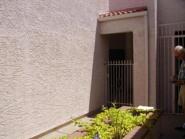 9089 N 47TH Lane, Glendale, AZ 85302 (MLS #5649666) :: Group 46:10