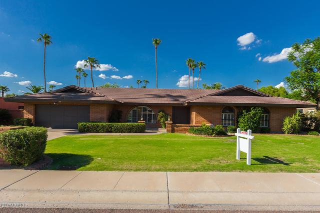 126 W Country Gables Drive, Phoenix, AZ 85023 (MLS #5659264) :: The Everest Team at My Home Group